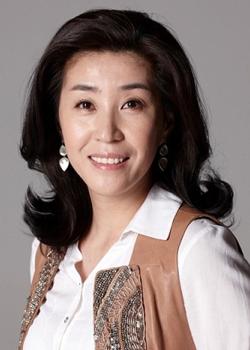 kim mi kyung - Актеры дорамы: Ён-пхаль: Подпольный доктор / 2015 / Корея Южная
